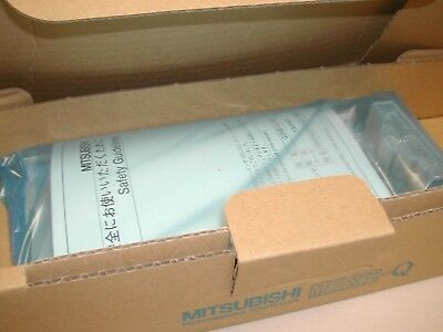 NEW Mitsubishi MELSEC-Q Q33B Base Unit Rack New In Box J3