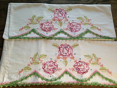 """Vintage Set Pillowcases Embroidered Crocheted Cotton Flowers 19 x 29"""" Pink/Green"""