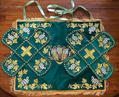 Chalice Covers Orthodox  Embroidered Green color, With Icon Of Holy Trinity