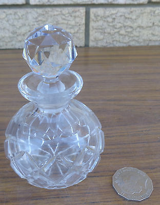 Vintage Crystal Cut Glass  Bottle With Stopper, Collectible