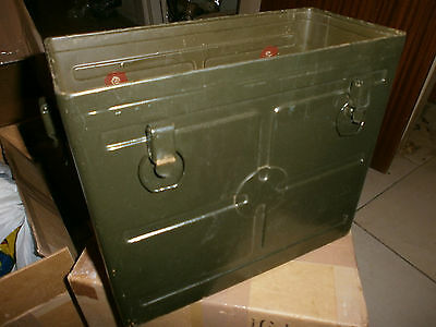 ORIGINAL WWII BC 1000 SCR 300 RADIO BATTERY CASE first model