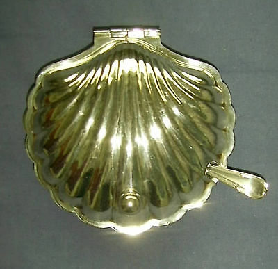 EPNS  hinged lidded butter dish and knife with glass insert in shape of a shell