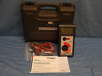 Megger MIT230 Insulation And Continuity Tester With Test Leads And Case TESTED