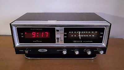 Serviced Vintage Zenith R472 Digital Clock Radio Circle of Sound w Power Reserve