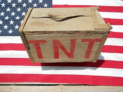 ANTIQUE WOODEN EXPLOSIVES BOX w/ Blasting Instructions Fuse Tools TNT DYNAMITE