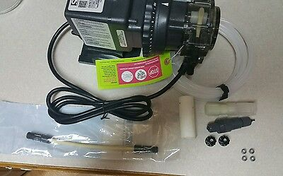 Stenner pump NEW Never used  (Adjustable .5 to 5 GPD. 100PSI)