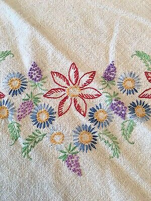 """Vintage Hand Embroidered Small Floral Tablecloth~30"""" X 29"""""""