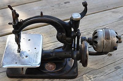 Antique Willcox & Gibbs Chain Stitch Sewing Machine № A 697604 w/Electric Motor