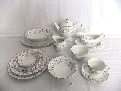 C4 Pottery Johnson Bros - Summer Chintz - various back stamps 9C5G