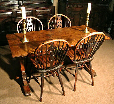 17th Century Elm Tavern Table c. 1690