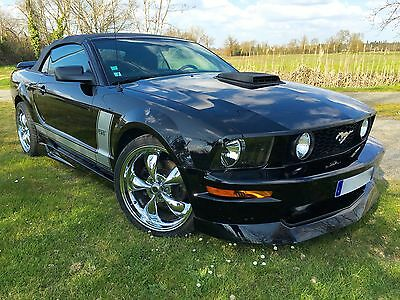 Unique Ford Mustang Cabriolet V8 compresseur 559ch