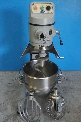 Globe 30 Quart Mixer Stainless Steel Bowl Floor Model With Bowl, Hook, Paddle, A