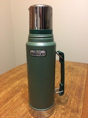 Vintage STANLEY Aladdin  Thermos 1 Quart, A-944DH