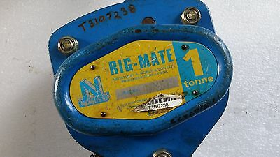 Chain Hoist 1 ton x 6 meter drop Block and Tackle Nobles Rigmate Shop Crane