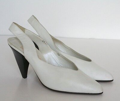 UK 5 White Vintage Slingback Leather Shoes - 1980s - Bernard - 38