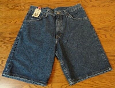 New NWT Wrangler Original Men's Relaxed Fit Denim Jean Shorts Size 32