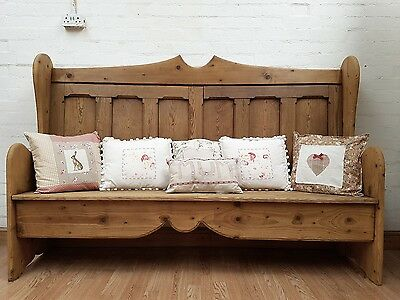 Delightful Large Vintage Stripped Pine Pub Settle