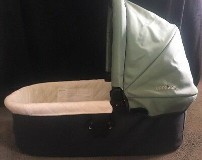 Uppababy Vista Bassinet Stroller Attachment, Green, 2010, EUC! Fast Shipping!