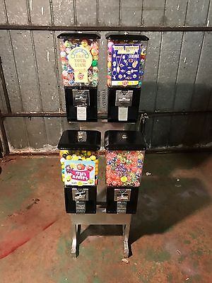 Classic 60,s-70,s Gumball And Toy Vending Machine Made By Nth Western U.s.a.
