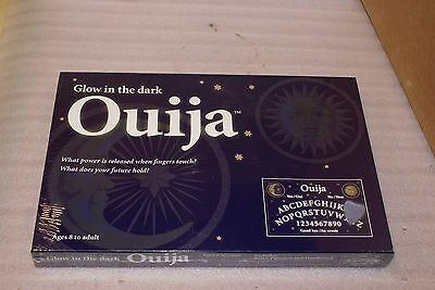 Glow In The Dark Ouija Board Game SEALED French English Bilingual Papas Toys Can