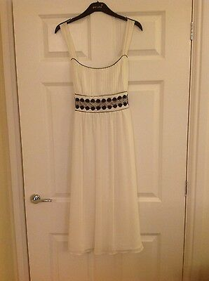 F&F Winter White Cocktail/ Party Dress - Size 14