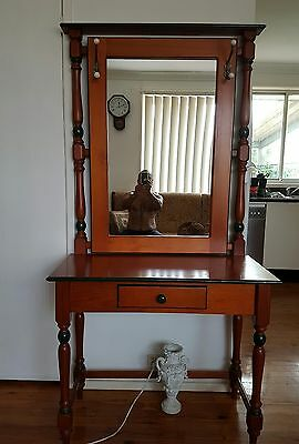 Antique Beautiful Quality Hall Stand