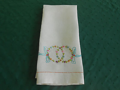 Beautiful Off White Linen Towel With Fabulous Hand Embroidery, Circa 1920