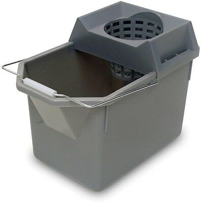 Rubbermaid Commercial Products Durable Professional 15 Qt. Pail and Mop Strainer