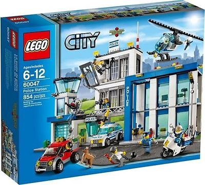 New LEGO City Police Station set 60047 Retired Product Sealed