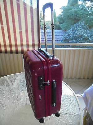 Echolac Red Hard Case Trolley Wheels  Carry On Bag New