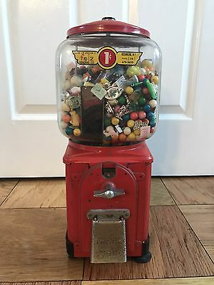 ANTIQUE VINTAGE 1950's VICTOR TOPPER 1 CENT penny GUMBALL MACHINE Contents Toys