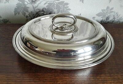 A Beautiful Vintage Silver Plated Entrée Dish by Elkington & Co