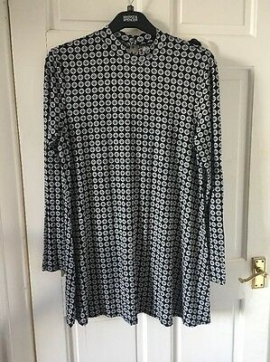 Dorothy Perkins Black And White High Neck Long Top Size 18