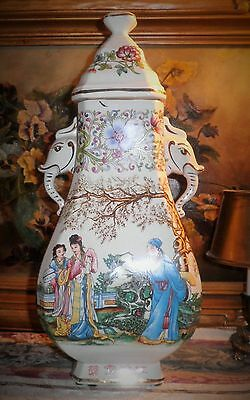 Vgt Chinese 19Th Early 20Th Century Famille Rose & Bridge Flowers Design Lidded