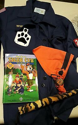 used Boy Scouts tiger cub scout shirt scarf book troop 236 size youth medium