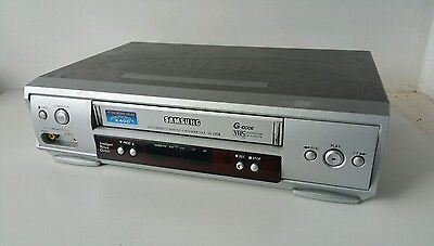 Samsung SV-245B (SV245B) VCR Video Cassette Recorder VHS Player.