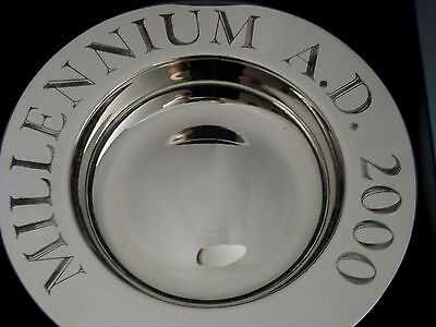 SUPERB BOXED LARGE ENGLISH STERLING SILVER MILLENNIUM DISH 2000 176g