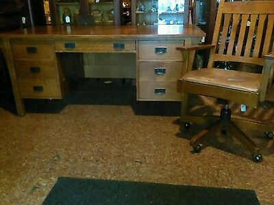 L & J.G. Stickley 5 Drawer Mission Oak Executive Desk with matching Office Chair
