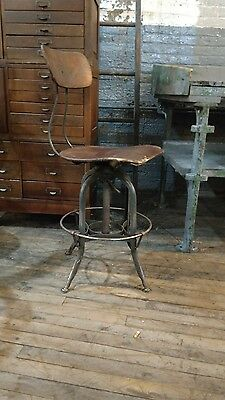 Vintage 1940s Uhl Art Steel Industrial TOLEDO STOOL machinist Drafting bar loft