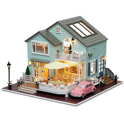 Dollhouse Miniatures DIY House Kit with Furniture 1:24 scale New Queenstown
