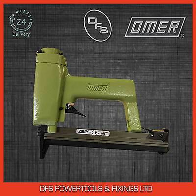 OMER Classic Professional Air Upholstery Stapler Gun 40.25 with 25,000 Staples