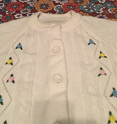 VTG 50s 60s White Button Down Cardigan Sweater S Pastel Rose Floral Embroidered