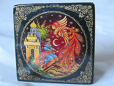 Stunning Vintage Antique Hand Painted Russian Lacquer Box Jewellery Trinkets Pot