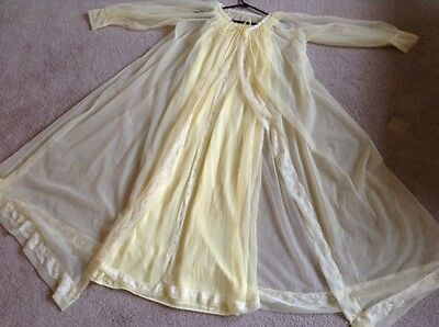 VTG yellow Sheer Chiffon 2 pc. Peignoir Robe Nightgown Nightie Set,  Small, EUC