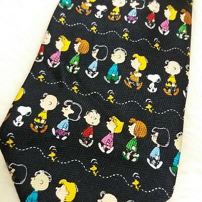 Snoopy Peanuts Gang All Silk Neck Tie Schulz Charlie Brown Woodstock Lucy