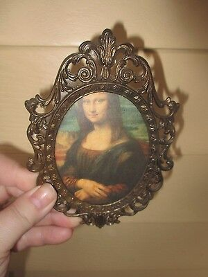 "Vintage Brass  mona lisa frame w/ Print Made in Italy  5 1/4"" x 3 1/2"""