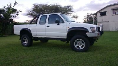 Toyota Hilux Space Cab  4X4 Flares To Suit Oct- 97 To Mar- 05 Models