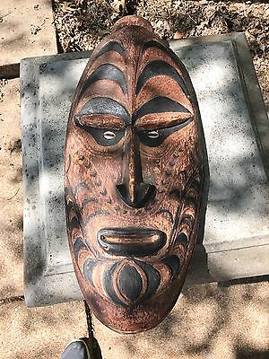 PAPUA NEW GUINEA CARVED WOOD MASK SHELL EYES Sepik Rwei 1950's