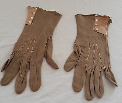 RARE Vintage 1920s ART DECO Mocha BROWN Salmon PINK Gloves Pearlescent Buttons