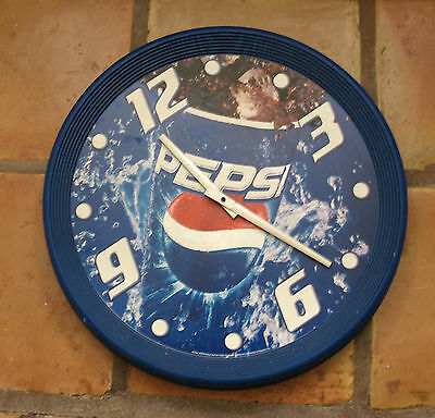 VINTAGE 1980's 1990's PEPSI WALL CLOCK, AA BATTERY OPERATED, WORKING!!